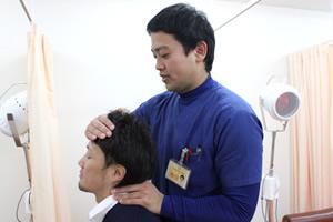 首の痛み施術